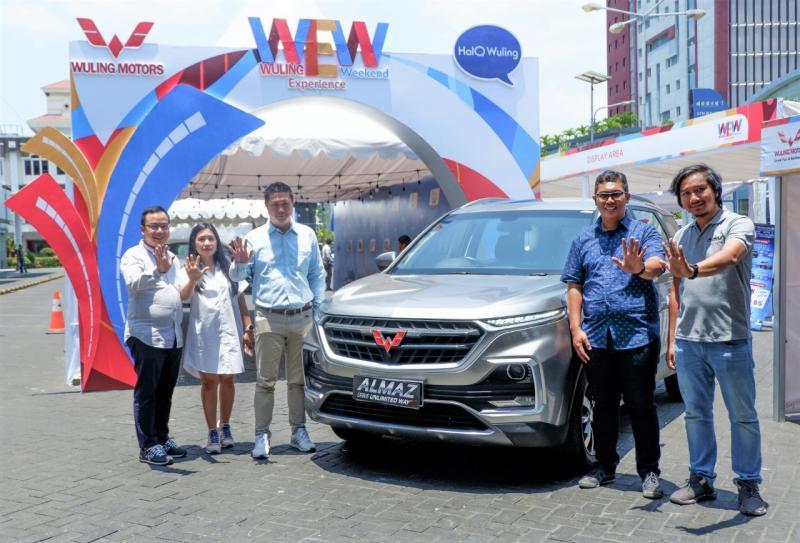 Wuling Motors bekerja sama dengan mitra diler  Kumala Grup hadirkan keseruan Wuling Experience Weekend di Kota Manado. (dok. Wuling)