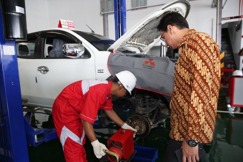 Kerjasama MMKSI dengan Gojek, saat ini hanya mengcover area Jakarta Selatan