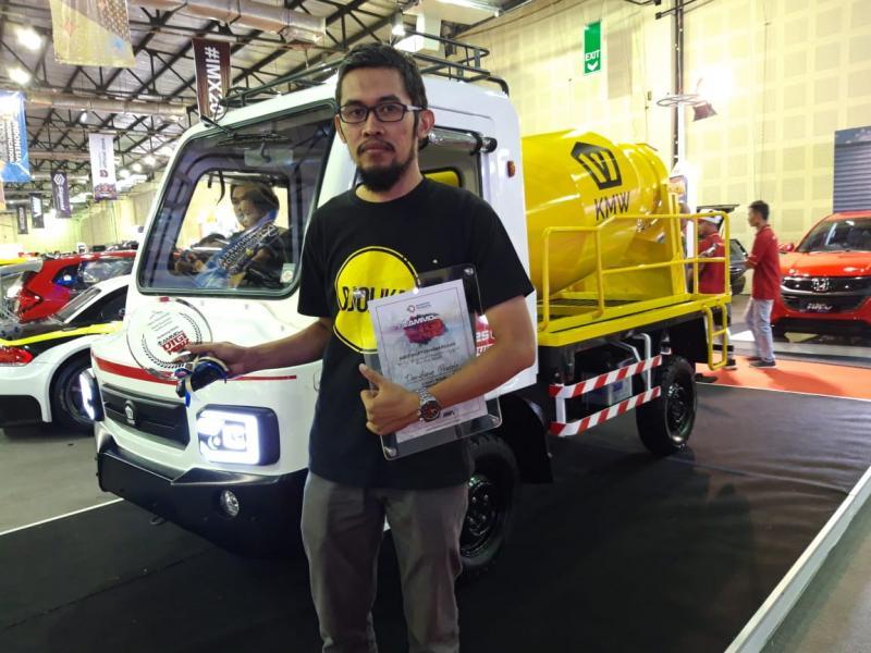 AMMDes Pengaduk Semen karya Dandung Prasojo, menjuarai kompetisi modifikasi AMMDes di IMX 2019