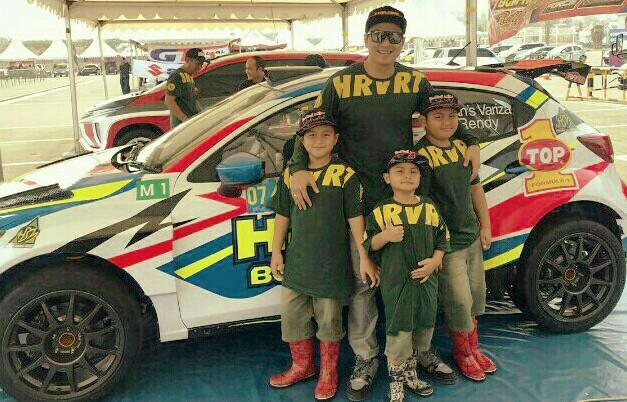 H Rihan Variza perkenalkan 3 anaknya pada motorsport di Meikarta Sprint Rally 2019