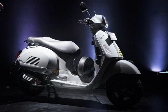 Dibanderol seharga mobil LCGC, Vespa GT Super Tech 300 mengusung teknologi baru