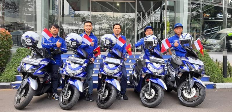Lima rider Yamaha Vietnam touring lintas negara mampir di Indonesia