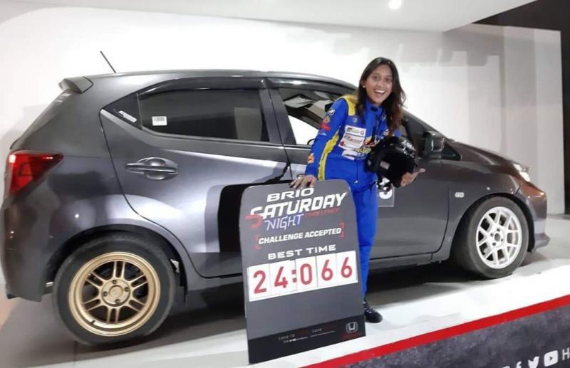Mezara Annisa dari Bandung cetak hattrick event slalom disponsori Honda Prospect Motor di Surabaya