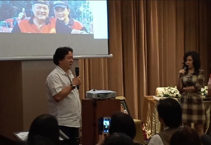 Liem Swie King mengenang mas Gun sebagai teman dan sahabat sejak di Kudus, Jawa Tengah. (Foto : bs)