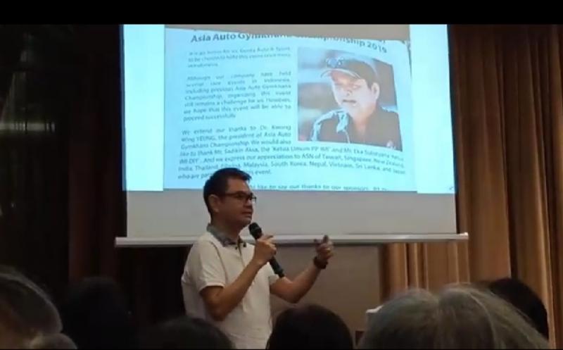 Handojo Lemuel saat diminta memberikan testimoni tentang temannya sejak remaja almarhum Tjahyadi Gunawan