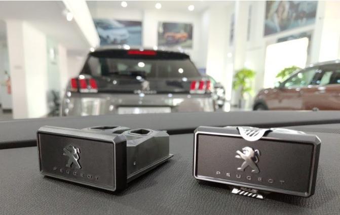 Fitur i-Cockpit Amplify ini menawarkan aroma parfum yang telah dikembangkan oleh Scentys dan Antoine Lie. (ist / astrapeugeot)