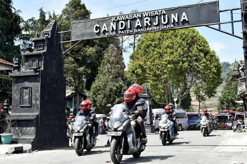Touring Jakarta menuju Dieng menggunakan Honda ADV150