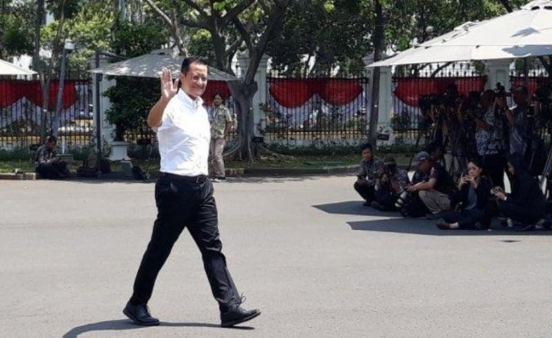 Juliari Batubara, mantan Ketum PP IMI dua periode jadi menteri. (Ft : tribunnews)