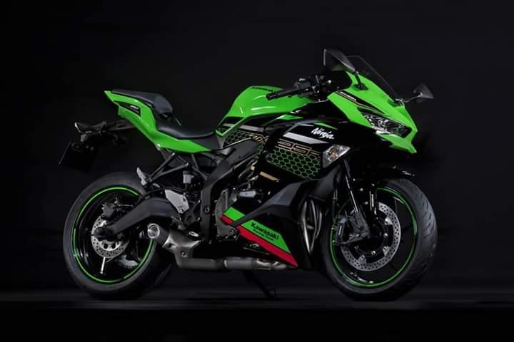 Tampilannya dibuat mirip dengan keluarga motor sport Ninja lain yang berkapasitas mesin lebih besar.(dok. Kawasaki)