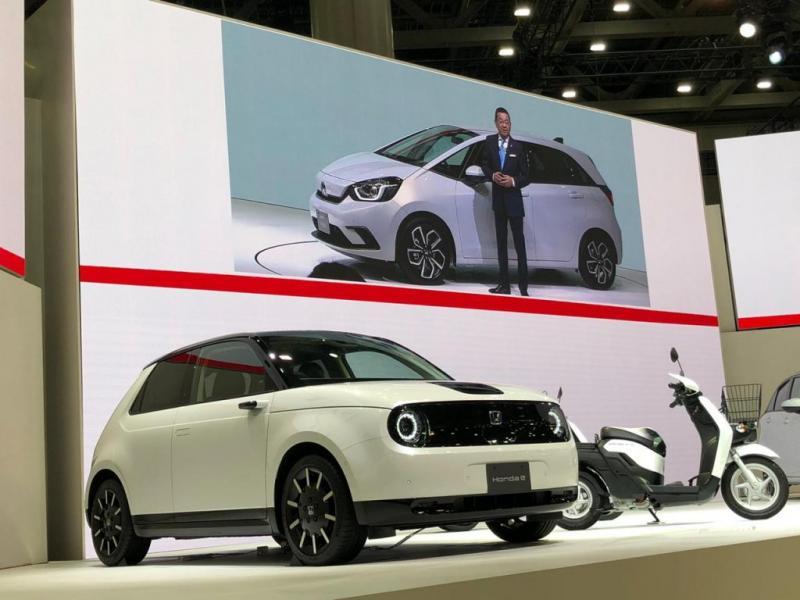 Honda e mampu melakukan pengisian daya dengan cepat hingga 80 persen dalam 30 menit. (dok. HPM)