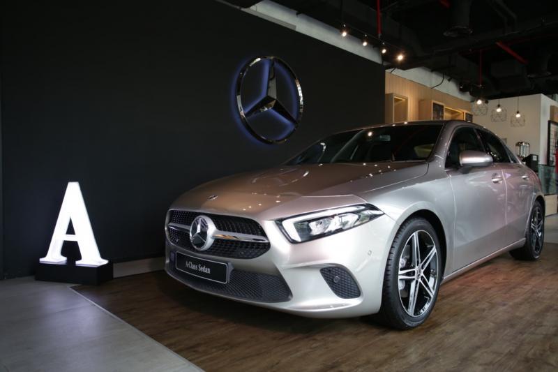 A-Class Sedan adalah model terbaru yang semakin memperluas jajaran mobil compact dari Mercedes-Benz. (dok. MBDI)