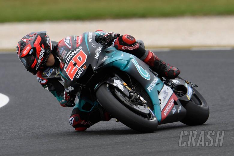 Fabio Quartararo (Petronas Yamaha Srt) masih saja bikin sensasi. (Foto: crash)