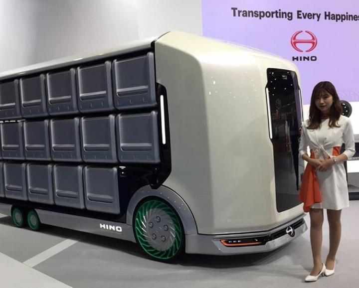Platform teknologi baru Hino Flat Former dengan konsep Transporting Every Happines ini dirancang khusus untuk meningkatkan kebutuhan industri. (hinoid).