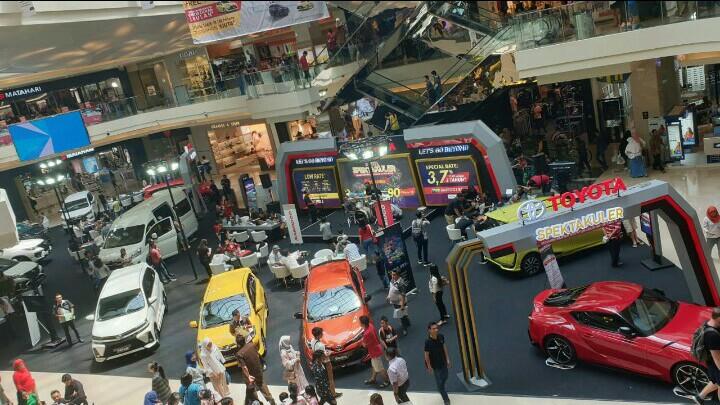 Semakin banyak keuntungan di akhir tahun dari program Toyota Spektakuler untuk 7 kota besar di Indonesia