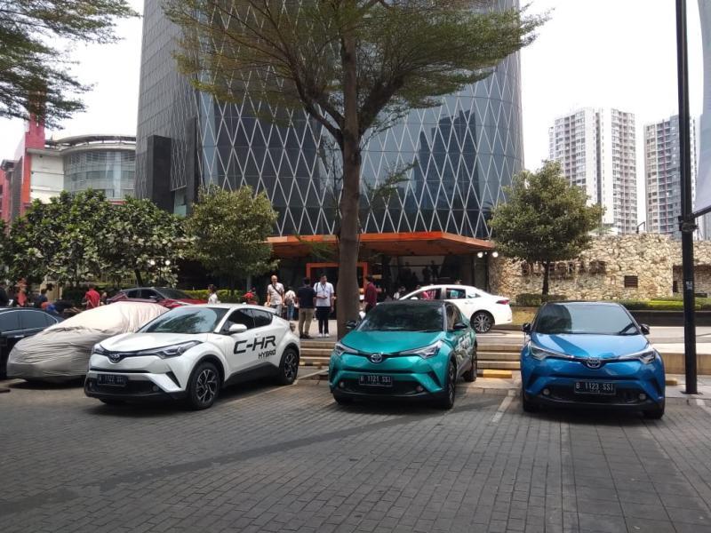 Dengan edukasi yang terus digencarkan Toyota dan Auto2000, diharapkan generasi milenial di Indonesia tergerak untuk memilih mobil yang ramah lingkungan. (anto)