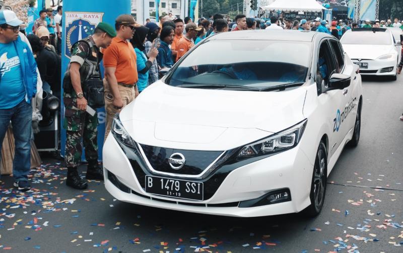 Mendemonstrasikan Nissan LEAF dan teknologi e-POWER yang unik membantu menciptakan kesadaran dan minat terhadap manfaat-manfaat dari mobilitas terelektrifikasi di Indonesia. (dok. NMI)