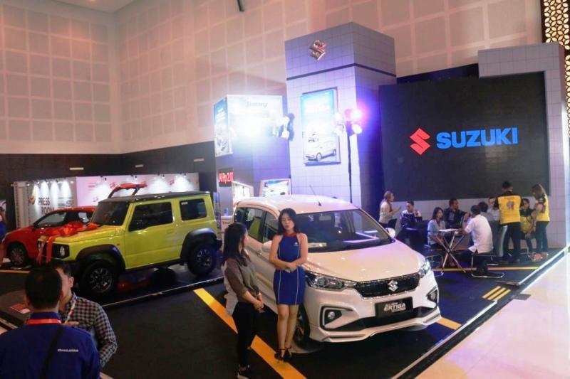 Di booth ini, Suzuki menampilkan kendaraan kebanggaan keluarga besutannya, All New Ertiga Suzuki Sport.(dok. SIS)