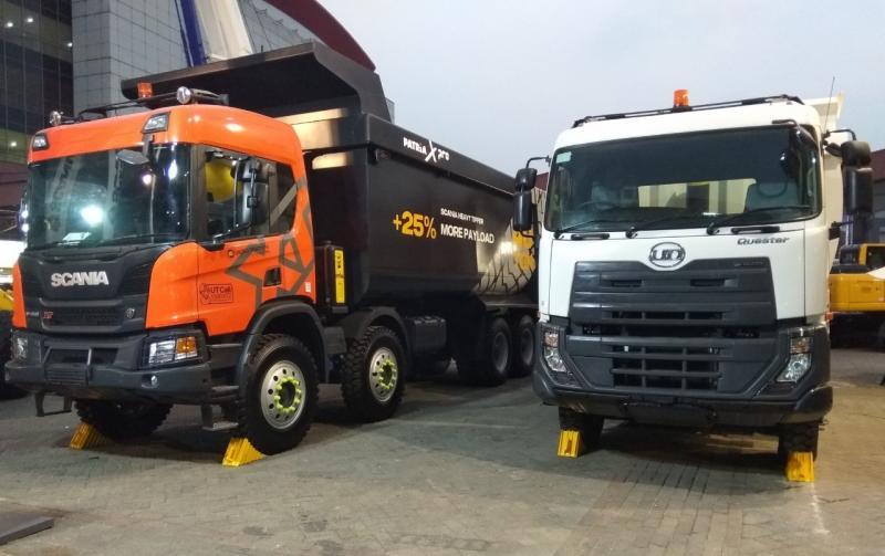 United Tractors menghadirkan model unggulan Truk Scania dan UD Trucks di ajang Mining Expo 2019 lalu. (anto)