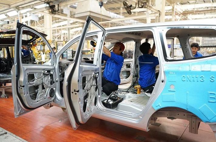 Pengguna terbesar dari hasil produksi industri pembuatan tools adalah sektor otomotif. (kemenperin)
