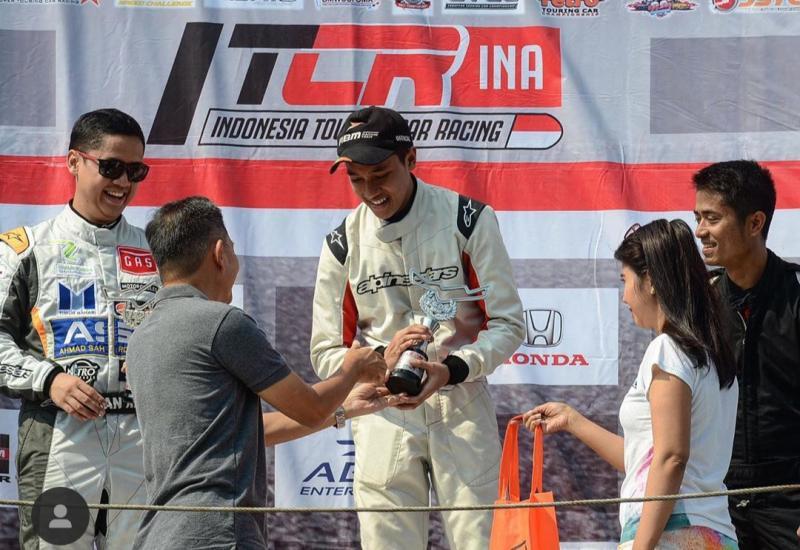 Avila Bahar, tengah diincar tim pabrikan di balap mobil ISSOM.
