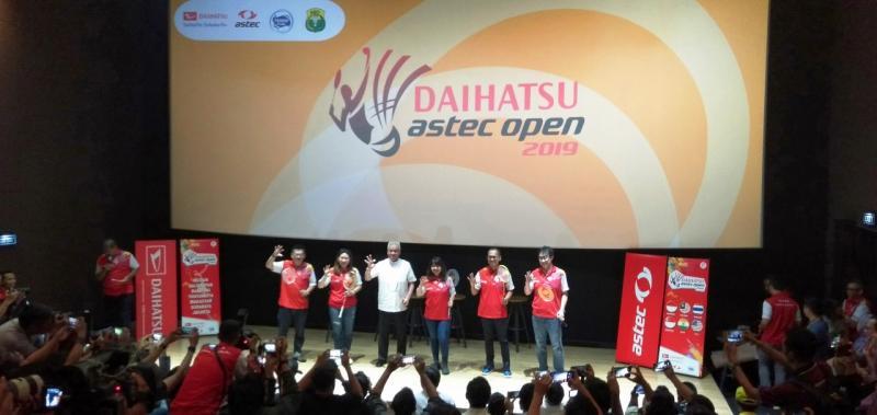 Manajemen Daihatsu, Astec, PBSI dan sponsor saat Konferensi Pers Final Daihatsu Astec Open 2019 di CGV Studio FX Sudirman, Jakarta. (dok. ADM)