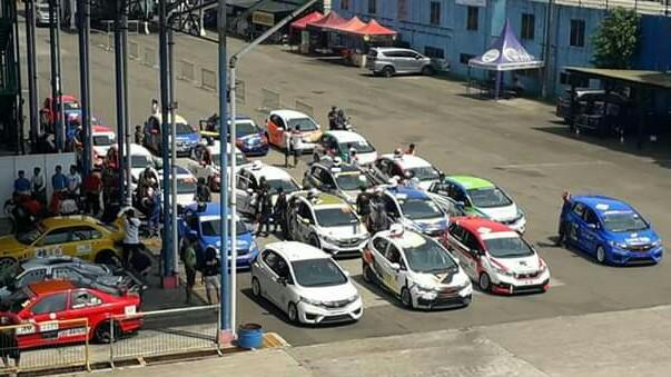 Kejutan terjadi pada kualifikasi Honda Jazz Speed Challenge, 2 pembalap promotion terdepan. (foto : uge)