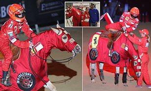 Gina Maria kala bawa livery Ferrari ke gelanggang berkuda. (Foto: dailymail)