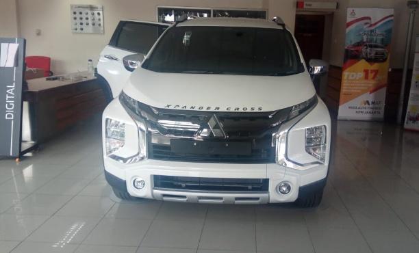 Di dealer Srikandi Mampang (Jakarta Selatan) sudah ada unit display-nya. (foto: Lukman)