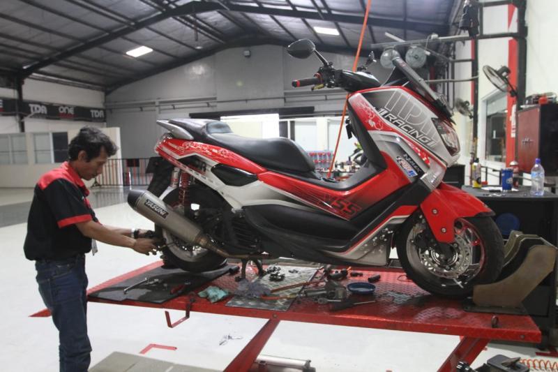 Andalkan Part TDR, Yamaha NMAX Makin Responsif Dan Ngacir Di Segala Medan