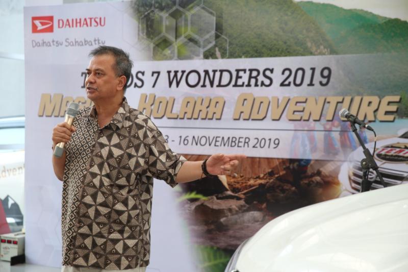 H. Muh. Natsir Kalla SE. MM., Direktur Makassar Raya Motor sebagai dealer Daihatsu di Kolaka, produk Daihatsu banyak jadi pilihan masyarakat Kolaka. (anto).