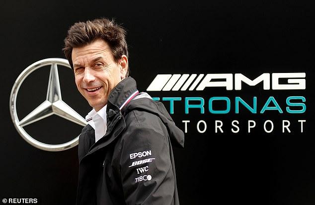 Team Principal Mercedes Toto Wolff, siap jika Lewis Hamilton satu saat hengkang dari timnya. (Foto: dailymail)