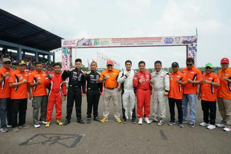 Peslalom Indonesia dan Bupati Dodi Reza Alex bersama SKPD Kab Musi Banyuasin. (foto : bs)