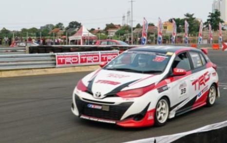Dengan Toyota Yaris, Haridarma Manoppo cetak kemenangan di ITCR Max dan JSTC 2019