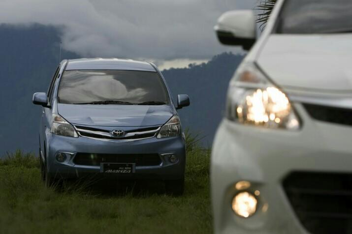 Ground clereance ideal menjadi salah satu kunci sukses Toyota Avanza diterima masyarakat Indonesia
