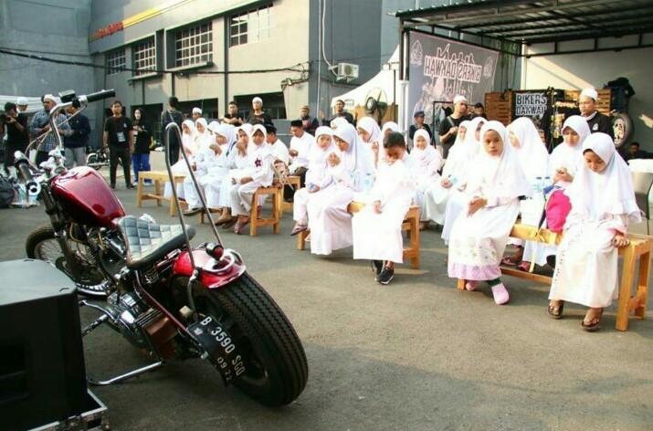 Komunitas Bikers Dakwah saat syukuran ukang tahun pertamanya