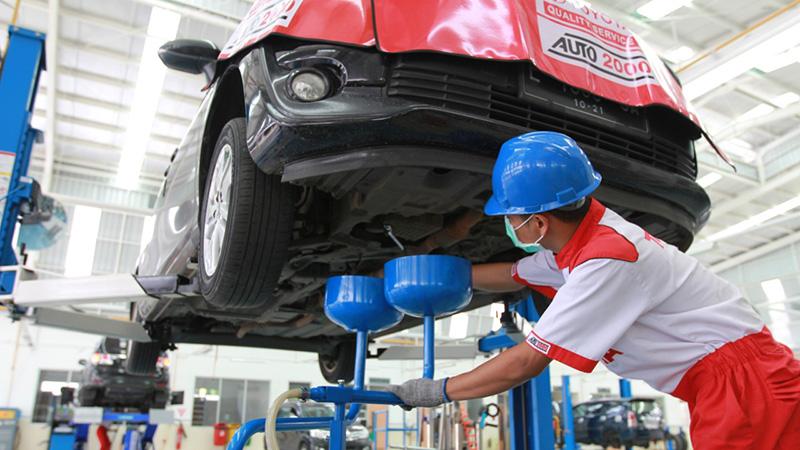 Melalui layanan ini, pemilik mobil Toyota dapat melakukan servis berkala dalam waktu yang cepat dengan pengerjaan yang berkualitas.(dok. Auto2000)