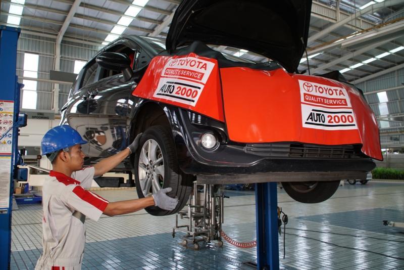 Pelanggan setia Auto2000 tetap bisa membawa mobilnya saat jam kerja bengkel antara tanggal 21 Desember 2019 hingga 1 Januari 2020.(dok. Auto2000)