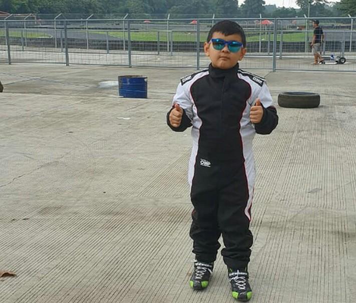 Dominic Setiawan, debutan di ajang gokart putra pembalap Sendy Setiawan ABM Motorsport