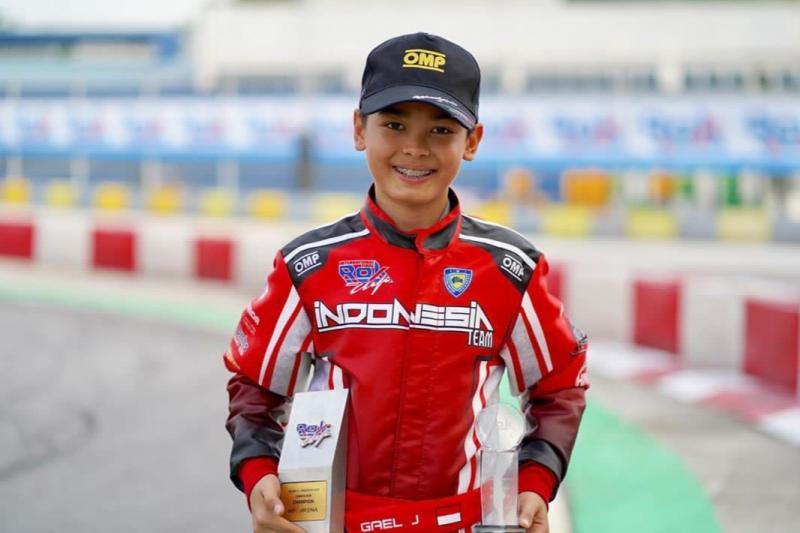 Gael Julien, cetak rekor baru di sirkuit KF1 Singapura. (foto : ist)