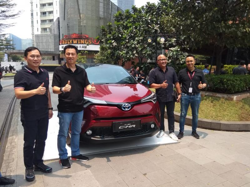 Model Toyota yang dijajakan antara lain New Alphard Hybrid, All New Camry Hybrid, All New Corolla Altis Hybrid, dan New C-HR Hybrid. (anto)