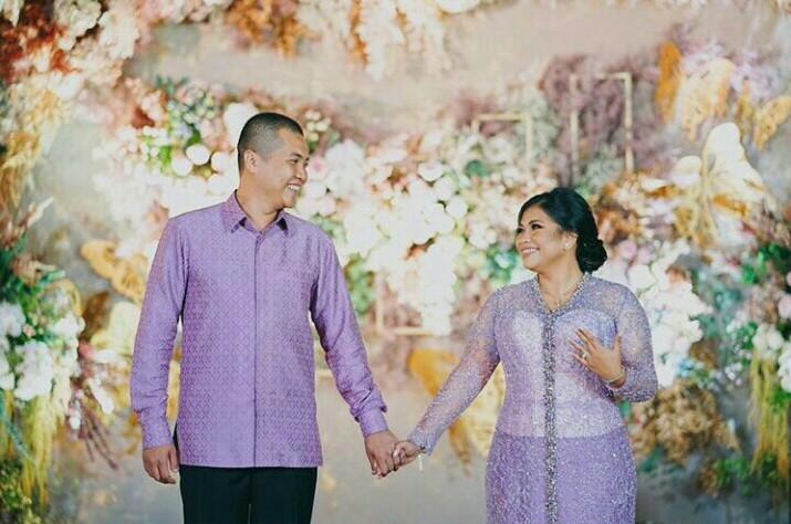 Putra Rizki dan Liana Saputri melangsungkan pertunangan pada 1 Januari kemarin di Banjarmasin. (foto : IGlianasaputri12)