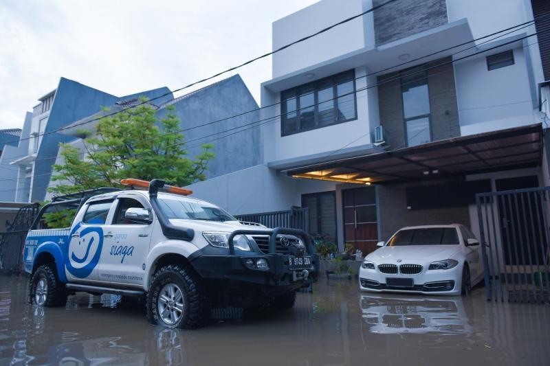 Garda Siaga siap evakuasi mobil pelanggan Garda Oto. (ist)