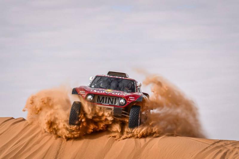 Mini di perbukitan pasir Sahara, hasilnya maksimum. (Foto: dakar)