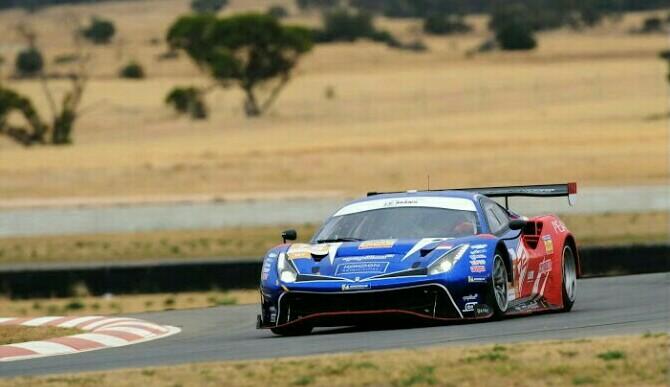 Mobil T2 Motorsport saat berkiprah di Asian LeMans Series, Australia hari ini