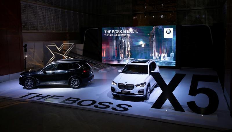 Rangkaian kendaraan BMW, seperti BMW X5 dan BMW X7 telah buktikan kepemimpinan BMW di segmen premium Sports Activity Vehicle (SAV). (ist)