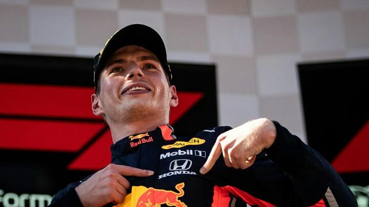 Max Verstappen diperpanjang di Red Bull bermesin Honda hingga 2023.