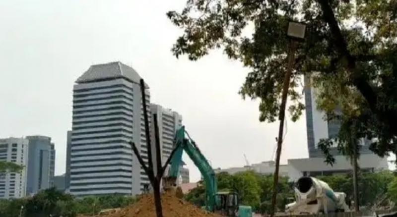 Dengan dalih revitalisasi kawasan Monas, 205 pohon ditebang sementara 6 Juni akan ada gelaran balap Formula E. (Foto : merdeka)