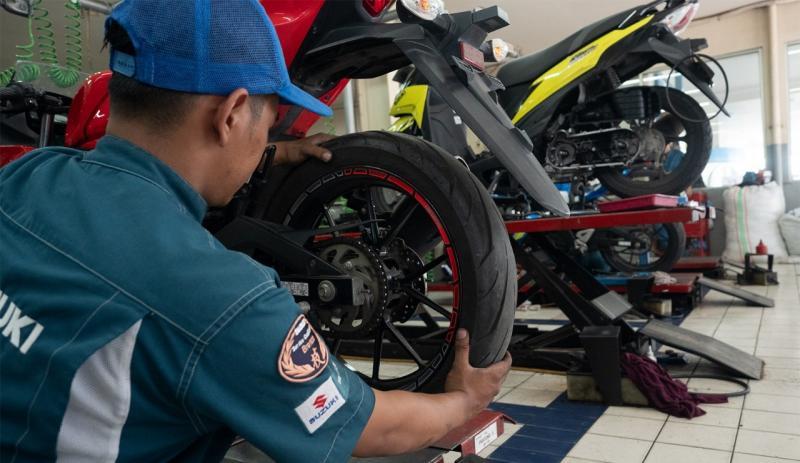 pemilik Adress F1 yang masuk program ini tidak perlu membayar karena Suzuki memberikan gratis biaya jasa, suku cadang, dan akan diberikan gratis oli mesin. (suzuki)