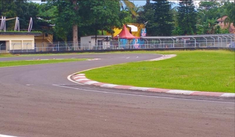 Lintasan Sentul International Karting Circuit Bogor dengan lisensi Grade B dari CIK. (Foto : bs)