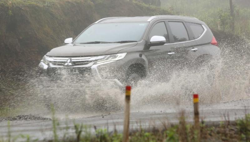 Program Mitsubishi Rainy Campaign 2020 pastikan kendaraan konsumen tetap prima pada musim hujan